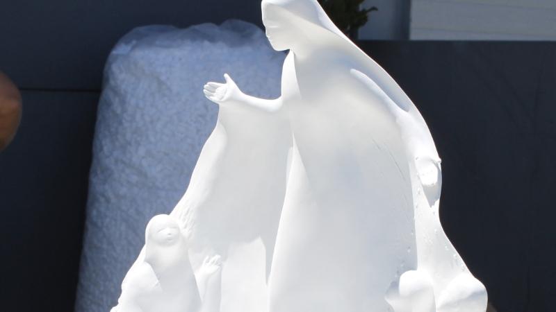 Promessa - Oferta do Santuário de Fátima ao Papa Francisco pelo Centenário das Aparições
